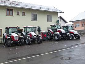 Ob diese Traktoren für die Hanglage geeignet sind weiß ich nicht.
