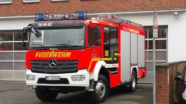 neues HLF 20 auf DB Atego 1529 der FF Elmshorn Wache Süd am 01.02.2017 an der Wache Nord aufgenommen