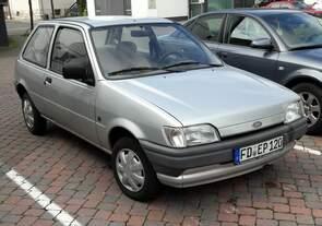 Ford Fiesta Mk2  Das Fahrzeug stand in Burghaun / Kreis Fulda auf einem öffentlichen Parkplatz