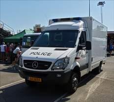 """Mercedes Benz Sprinter Kastenwagen war beim """"Tag der Polizei in Mersch zu sehen."""