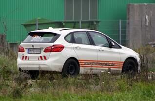 BMW 2er für Wagenmeister HSL Logistik am 24.10.2019 in Anklam - Werkstrasse (nicht weiter ranzukommen / nicht öffentlich zugänglich)