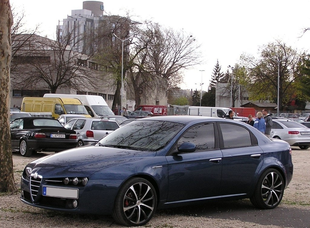 alfa romeo 159 tuner treffen carstyling tuning show. Black Bedroom Furniture Sets. Home Design Ideas