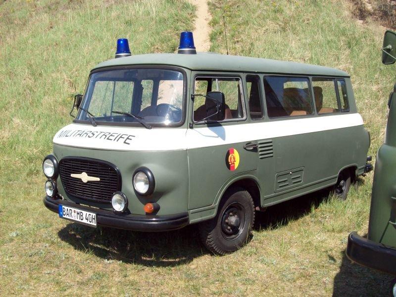 barkas-b-1000-als-militaerstreife-30355.