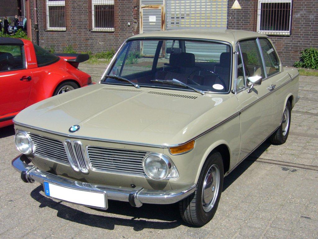 BMW 2000 Tilux Typ 120 1966 beige 118 MCG FREI HAUS  eBay