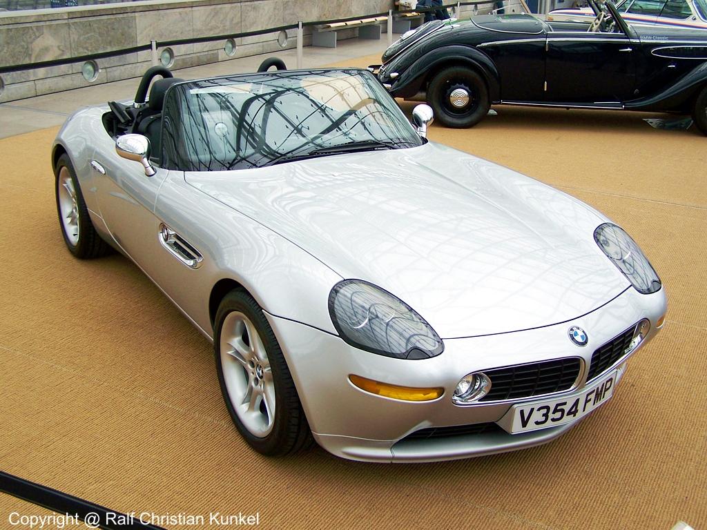 Bmw Z8 Filmauto Dienstwagen Von James Bond