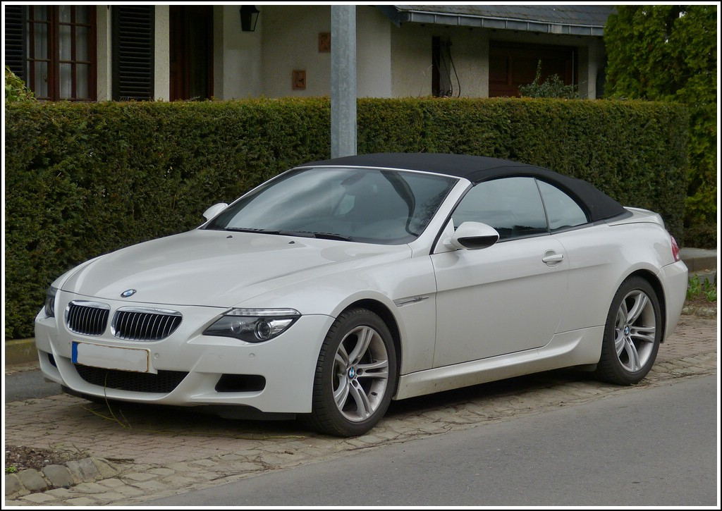 dieses bmw m 6 cabrio ist mir am am stra enrand aufgefallen. Black Bedroom Furniture Sets. Home Design Ideas
