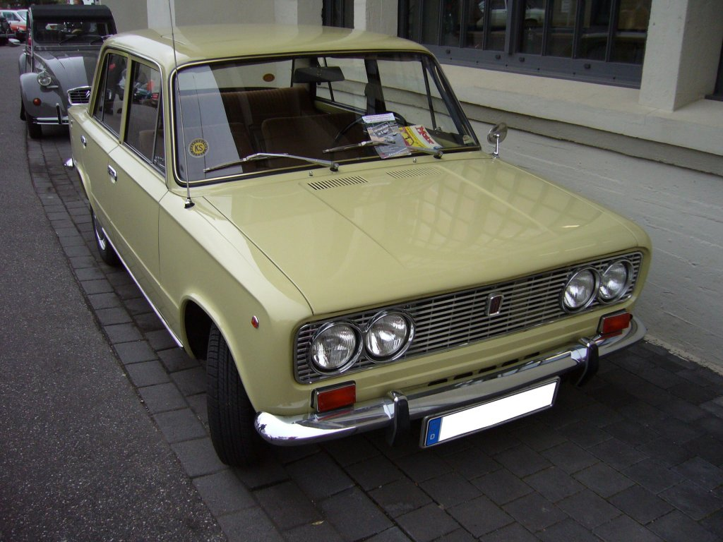 fiat 124 bilder with Fiat 124 Special 1969 1974 on Fiat Tipo Kombi Lueckenfueller 124 together with Fiat Abarth 124 Spider Genf 2016 Sitzprobe 8696591 together with 69f 1 additionally Citroen Spacetourer Peugeot Traveller Toyota Proace 1751537 likewise Barchetta.