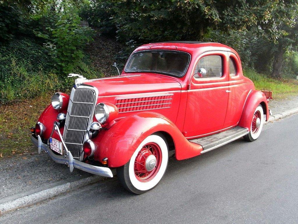 Ford Coupe aus dem Jahre 1935