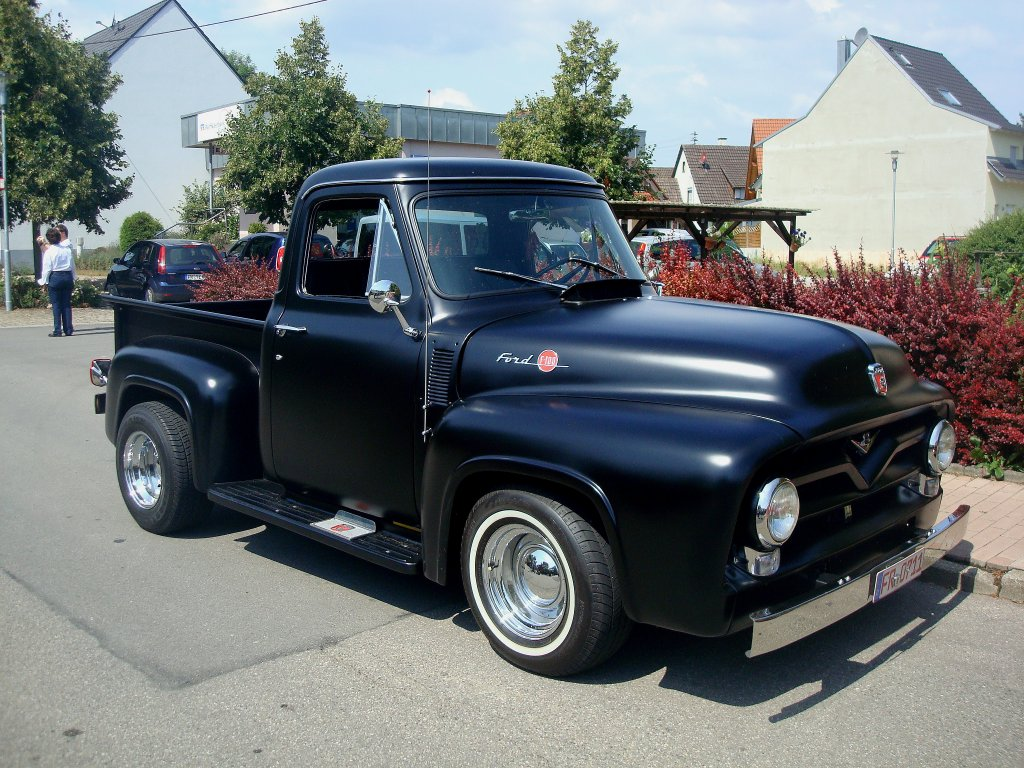 ford f100 pickup serie in zig varianten kam 1948 auf. Black Bedroom Furniture Sets. Home Design Ideas