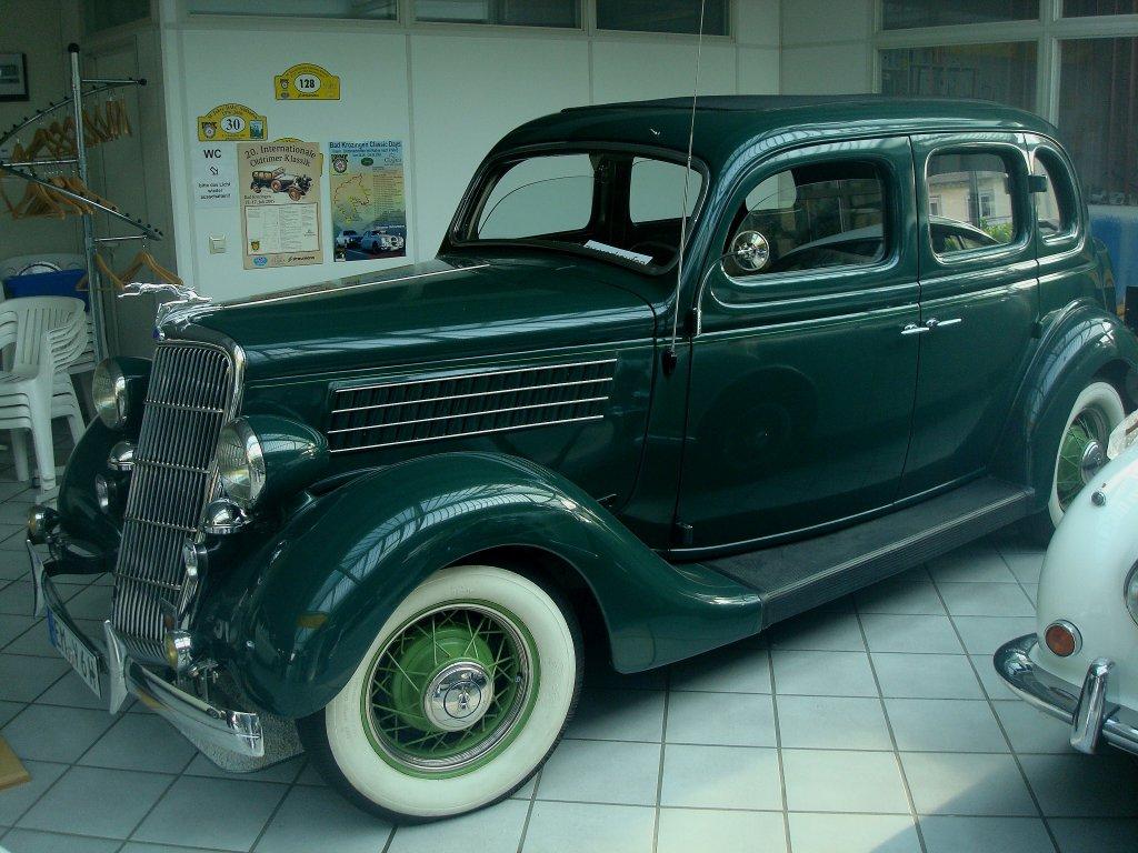 Ford v8 touring sedan baujahr 1935 8 zyl 4 takt ottomotor mit