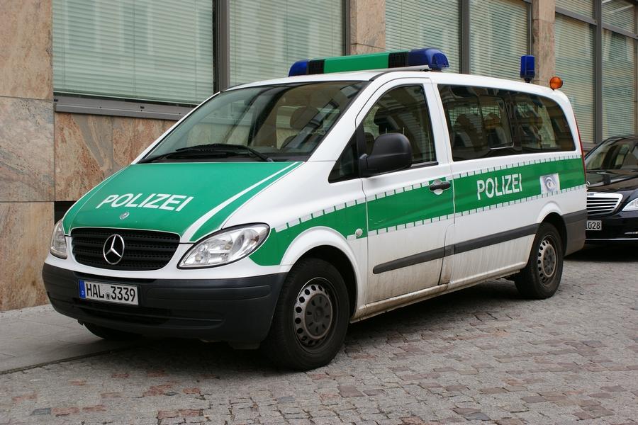 funkstreifenwagen mercedes benz vito w639 der polizei. Black Bedroom Furniture Sets. Home Design Ideas
