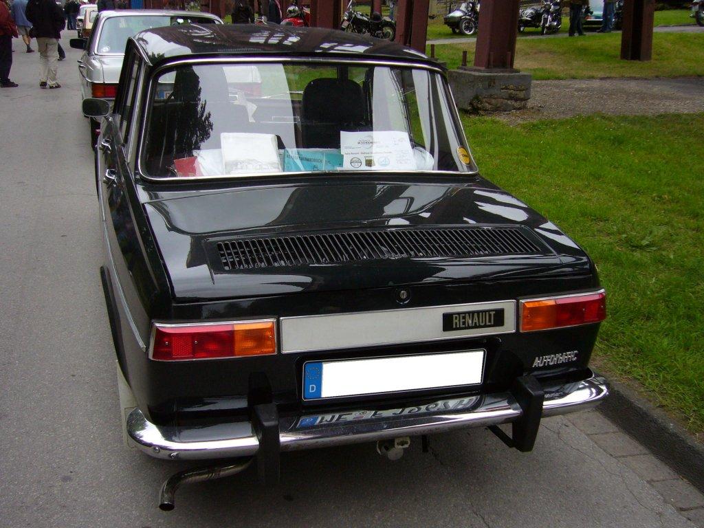 Heckansicht eines Renault R10