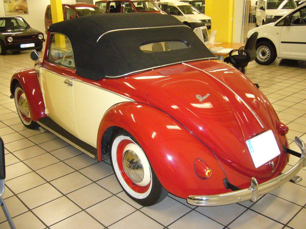heckansicht eines vw typ 14 hebm ller cabriolet von 1949. Black Bedroom Furniture Sets. Home Design Ideas