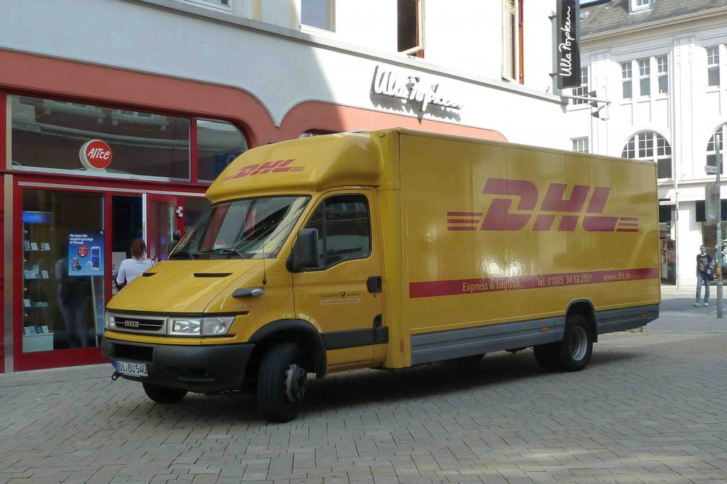 iveco als zustellerfahrzeug von dhl in oldenburg august. Black Bedroom Furniture Sets. Home Design Ideas