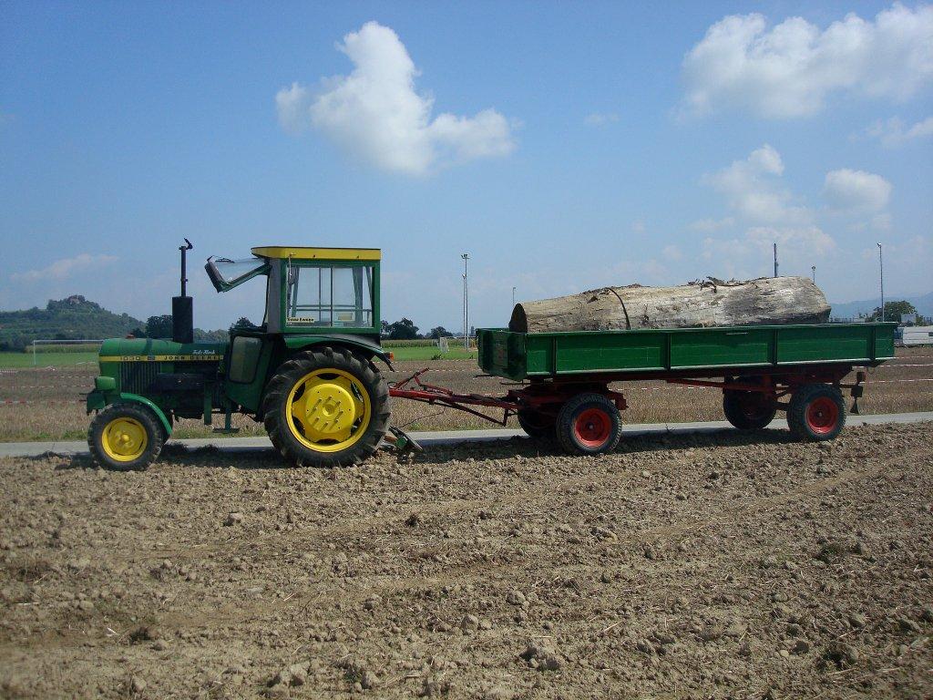 john deere 1030 mit anhänger, der traktor wurde von 1974