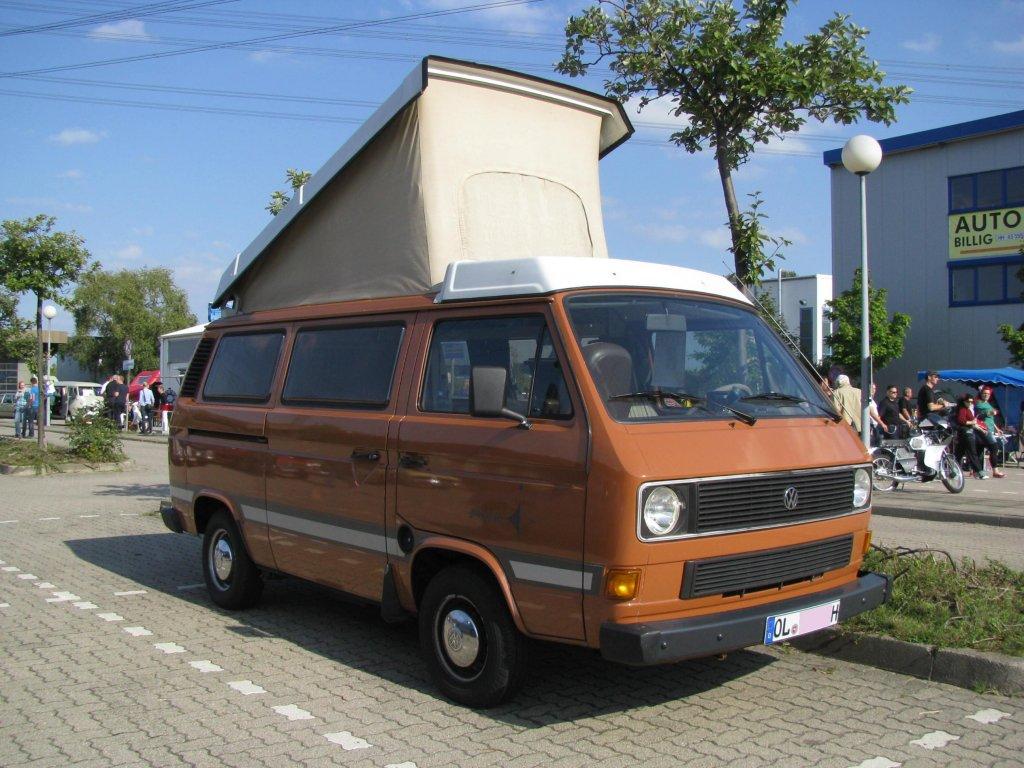 kleinbus mit klappdach vw t 3 camping d aus dem landkreis oldenburg ol gesehen beim oldtimer. Black Bedroom Furniture Sets. Home Design Ideas