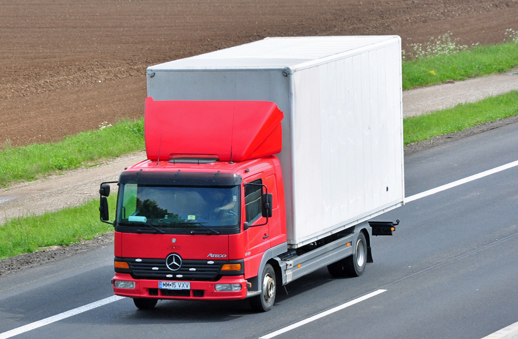 Mercedes Benz Atego 818. hot Mercedes-Benz Atego 818
