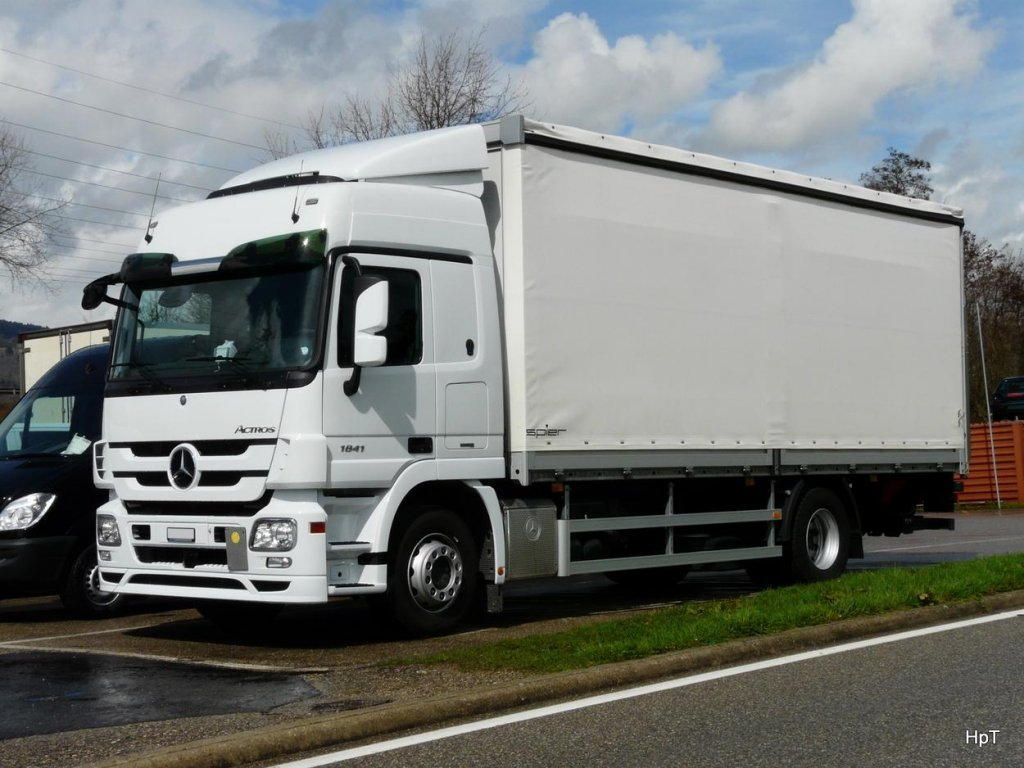 Mercedes Actros in Tiel am 04.04.2010