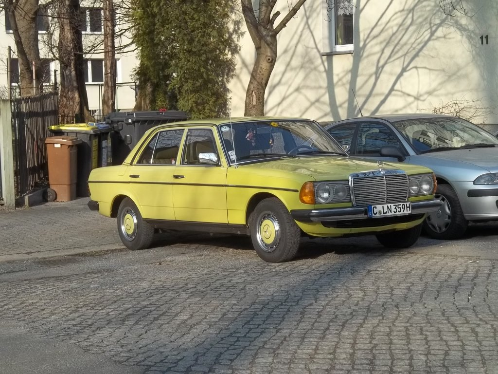 my cars mercedes benz 200d athens taxi 65 ixo 1 43 new magtx08 on ebay end time. Black Bedroom Furniture Sets. Home Design Ideas