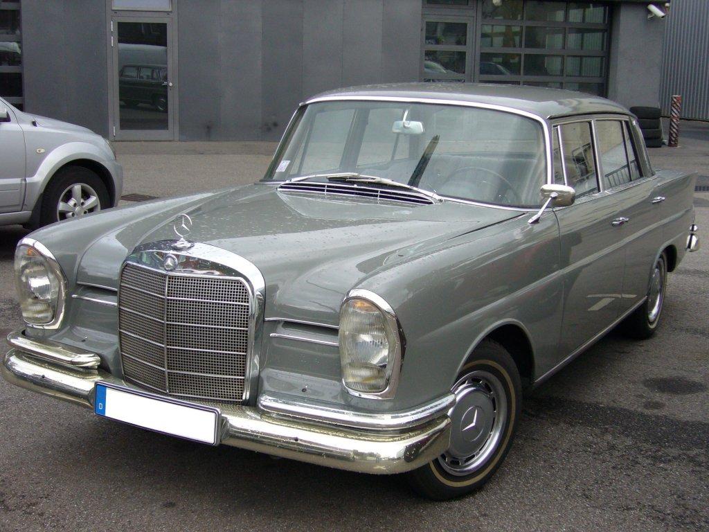 Mercedes benz w 111 2 220 sb 1959 1965 der wagen war for Sb mercedes benz