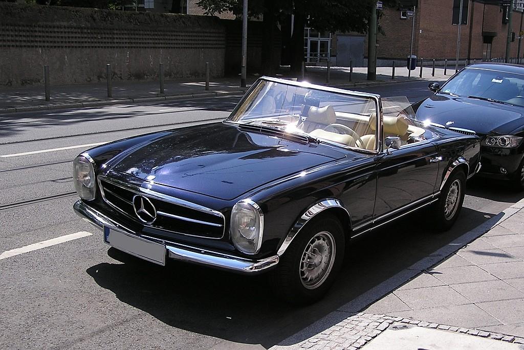 Mercedes benz w113 aufgenommen juli 2010 frankfurt am for Mercedes benz w113