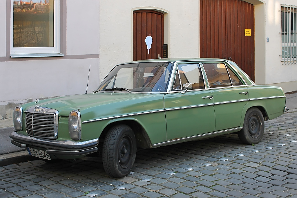 Mercedes W 114 in Augsburg, 27.4.12
