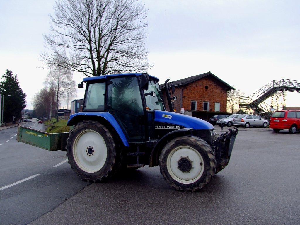 Ausmalbilder Traktor Mit Ladewagen : New Holland Fotos 4 Fahrzeugbilder De