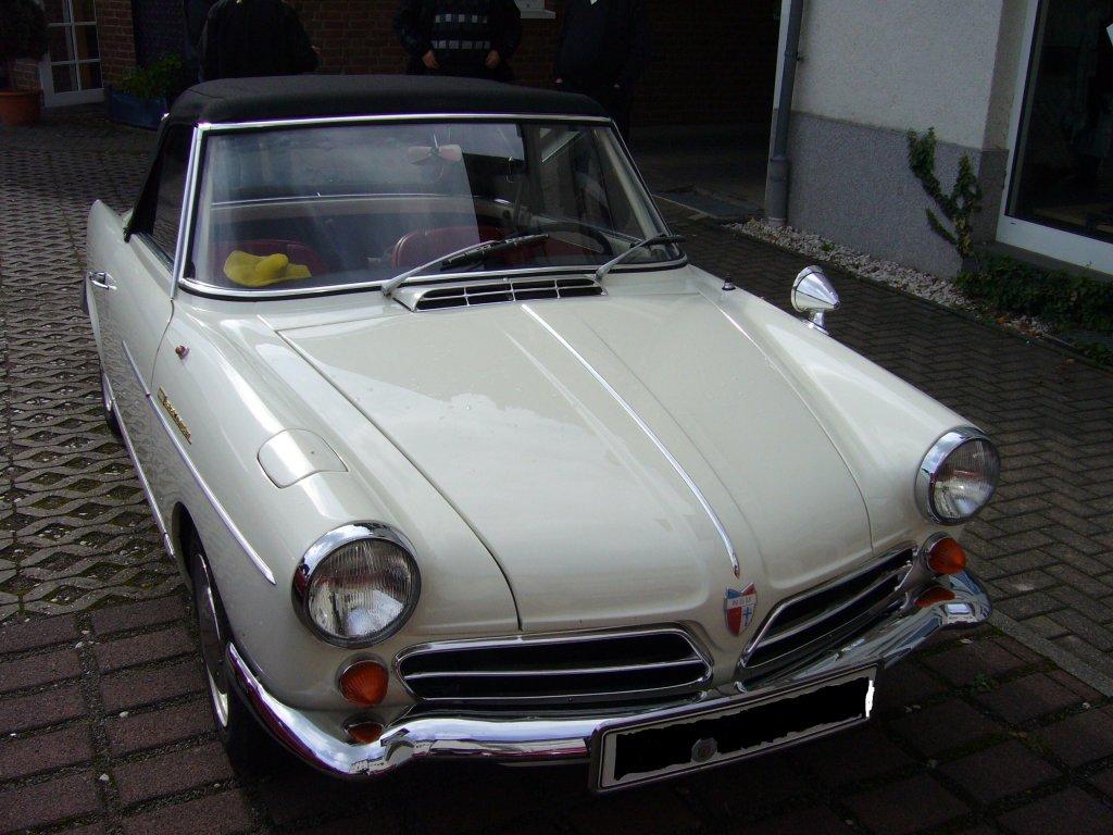 nsu wankelspider von 1964 1967 wurde dieses auto mal gebaut es war das erste. Black Bedroom Furniture Sets. Home Design Ideas