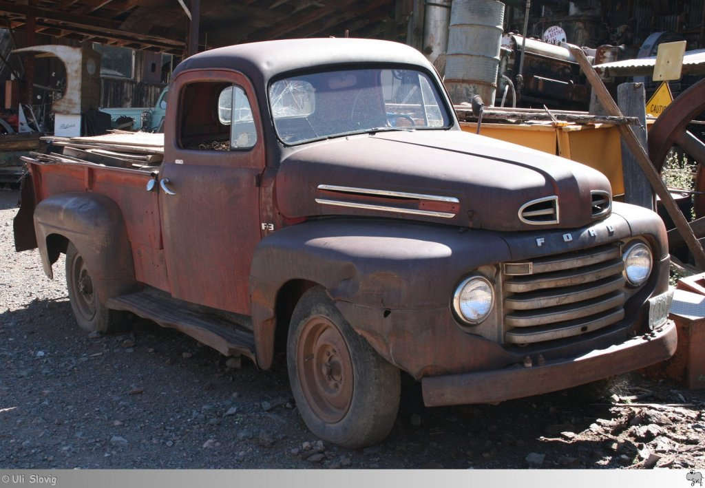 old and rusty 1948er ford pickup zu finden bei der gro en. Black Bedroom Furniture Sets. Home Design Ideas