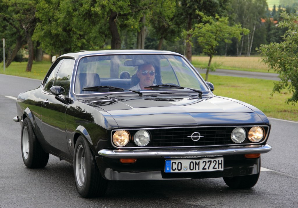 opel manta a autosammlung steim in schramberg 6 baujahr 1972 4 zylinder 90 ps aus 1900 c. Black Bedroom Furniture Sets. Home Design Ideas