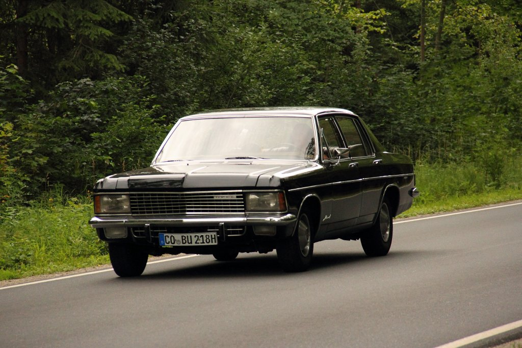 opel admiral auf dem weg nach michelau am. Black Bedroom Furniture Sets. Home Design Ideas