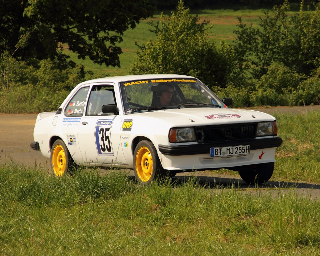 opel ascona b beim shake down zur rally sonnefeld 2011 amc hohe a litz. Black Bedroom Furniture Sets. Home Design Ideas