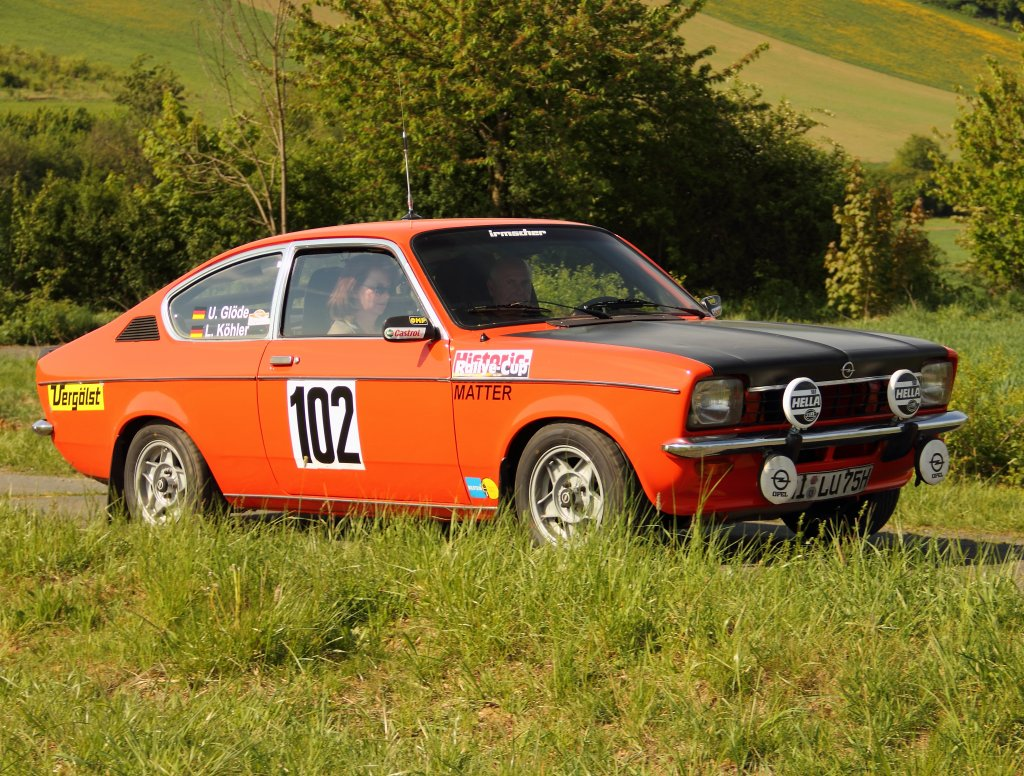 opel kadett c coupe beim shake down zur rally sonnefeld. Black Bedroom Furniture Sets. Home Design Ideas