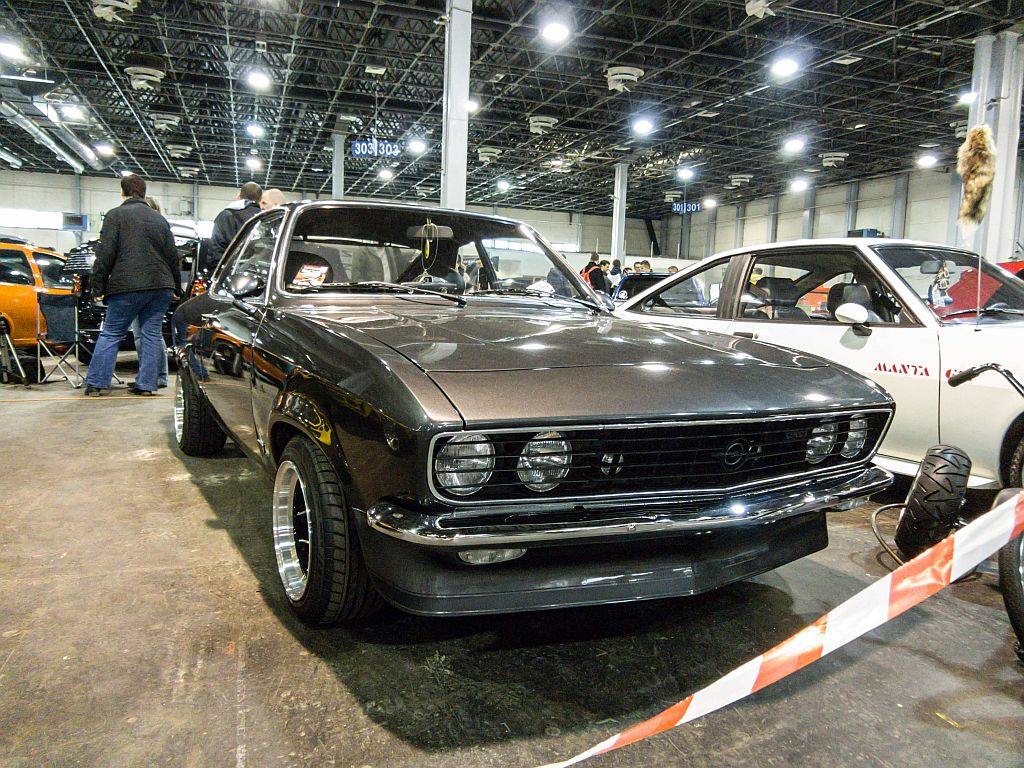 opel manta foto auto motor und tuning show ende m rz. Black Bedroom Furniture Sets. Home Design Ideas