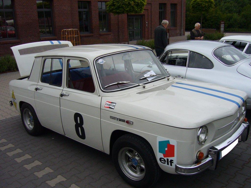 Renault 8 -Gordini-.
