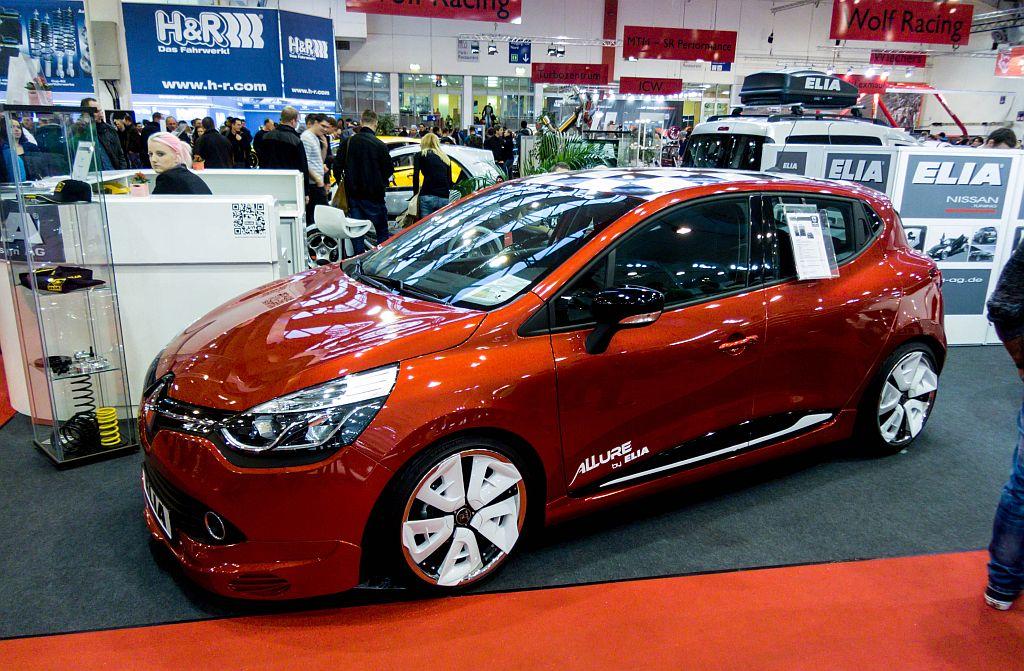 Renault Clio Iv Tuning Von Elia Aufnahme Essen Motor Show 2012 Fahrzeugbilder De