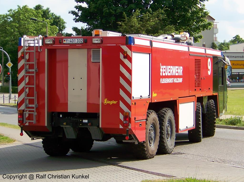 - schweres-feuerloeschkraftfahrzeug-flkfz-12500-ziegler-38014