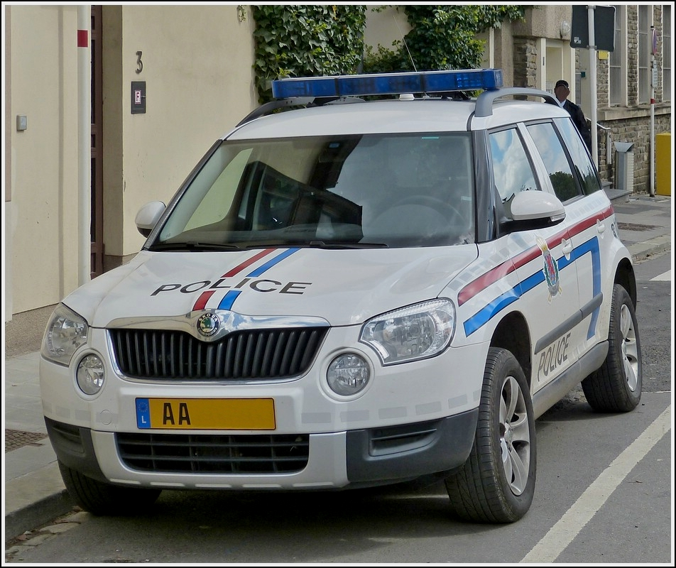 skoda yeti tdi 4x4 der luxemburgischen polizei aufgenommen am. Black Bedroom Furniture Sets. Home Design Ideas