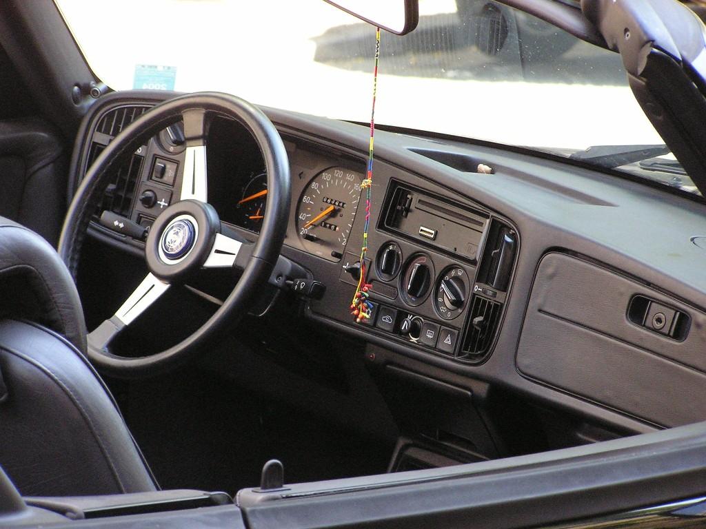 Saab Fotos (2) - Fahrzeugbilder.de