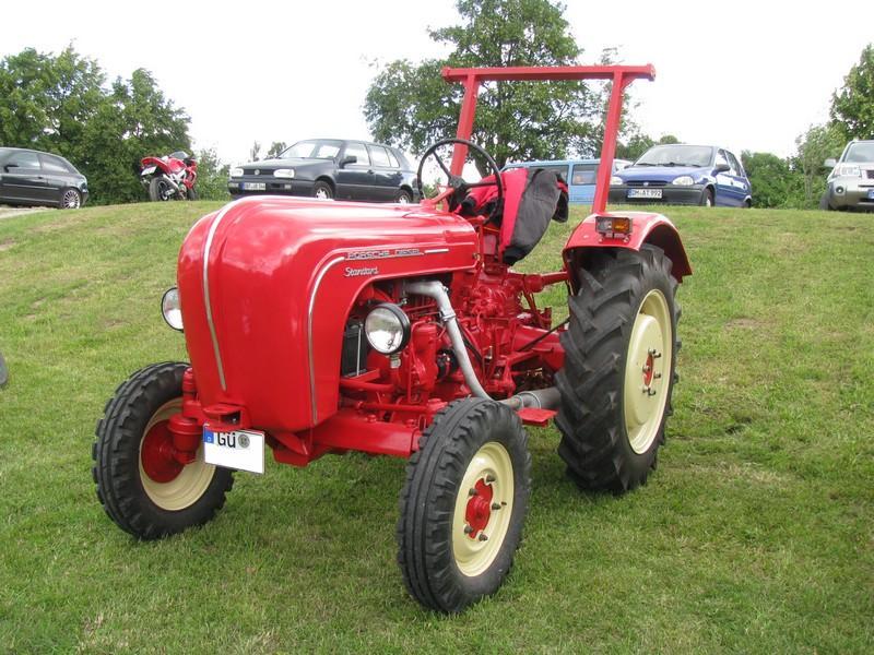 Porsche traktor oldtimer pflanzen f r nassen boden for Boden geschenkgutschein
