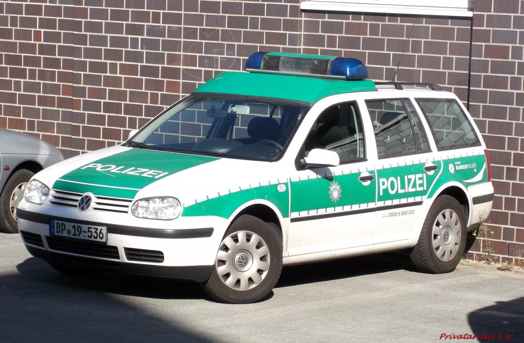 vw golf iv variant der polizei 19 in rostock. Black Bedroom Furniture Sets. Home Design Ideas