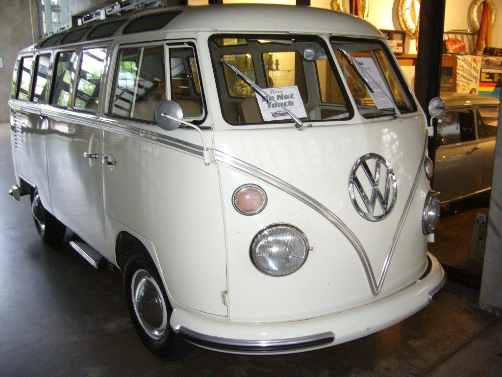 VW T1 Bus Achtsitzer