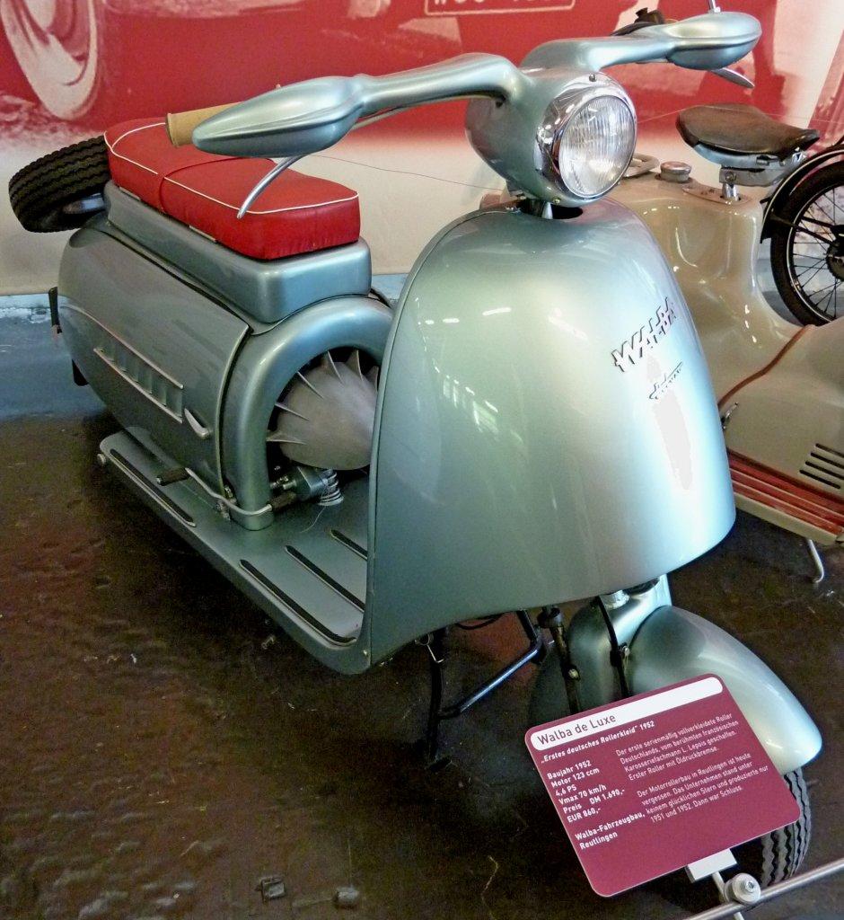 walba de luxe baujahr 1952 motor mit 123ccm und 4 6ps. Black Bedroom Furniture Sets. Home Design Ideas