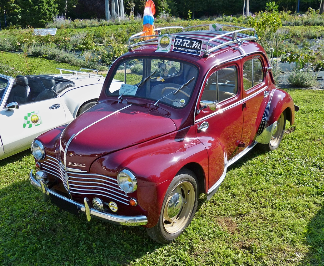renault 4 cv grand luxe war bei den classic days in