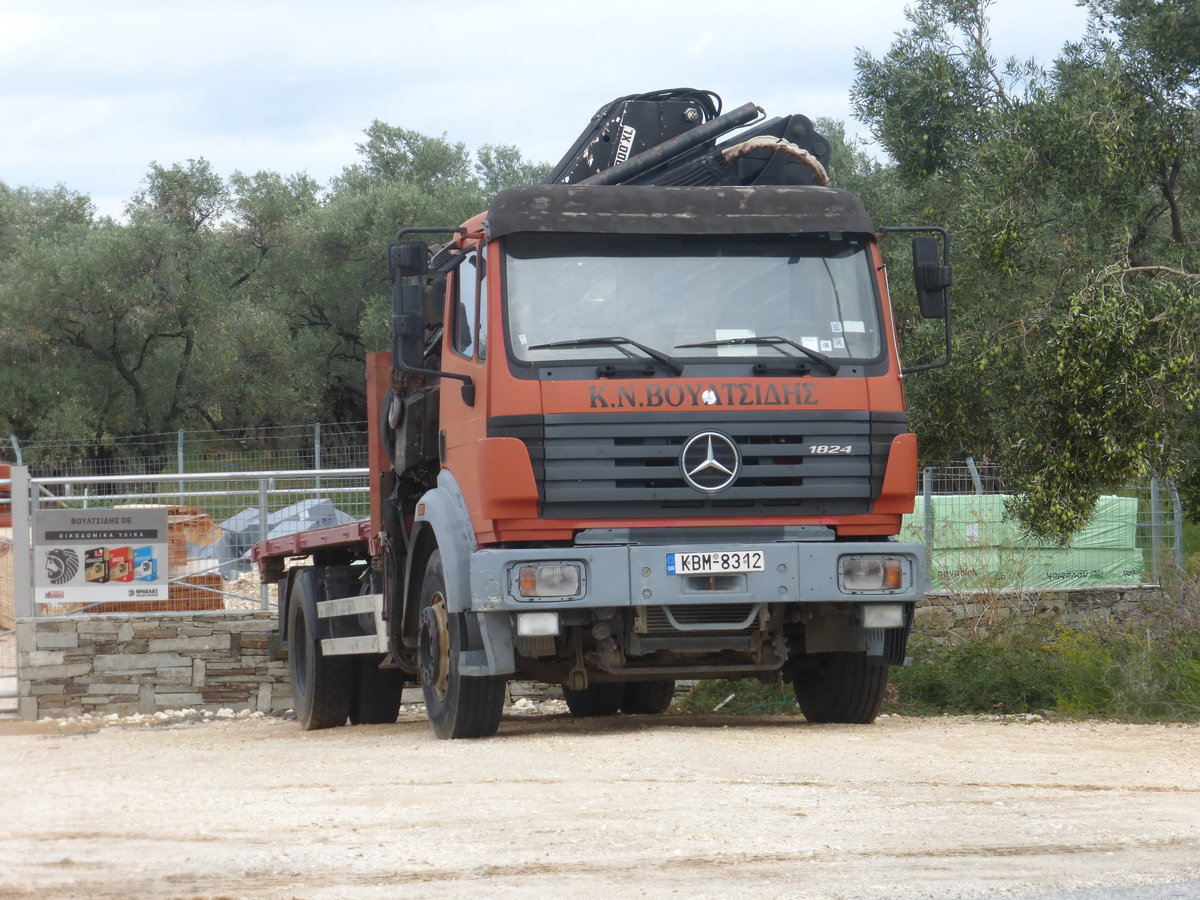 05.10.19,Mercedes-Benz 1824 auf Thassos/Greece.