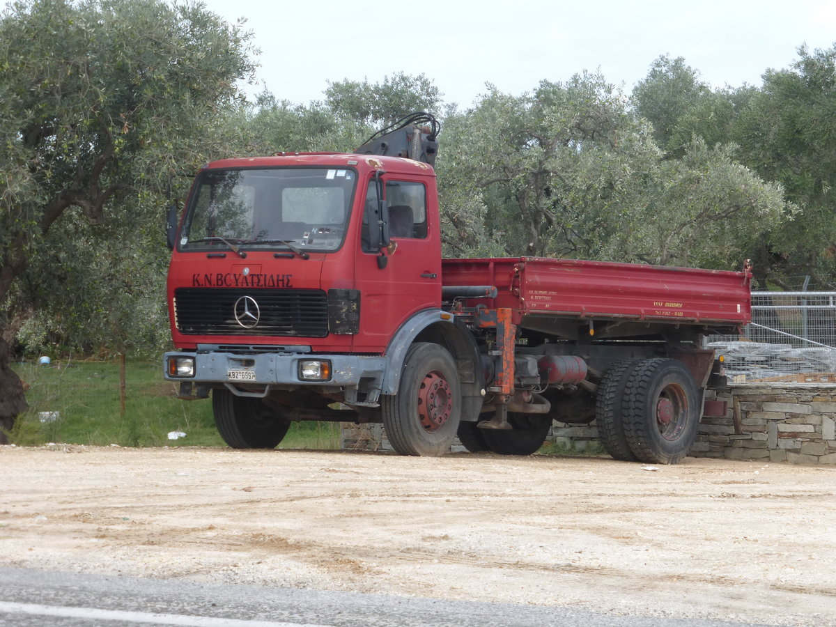 05.10.19,Mercedes-Benz Kipper auf Thassos/Greece.