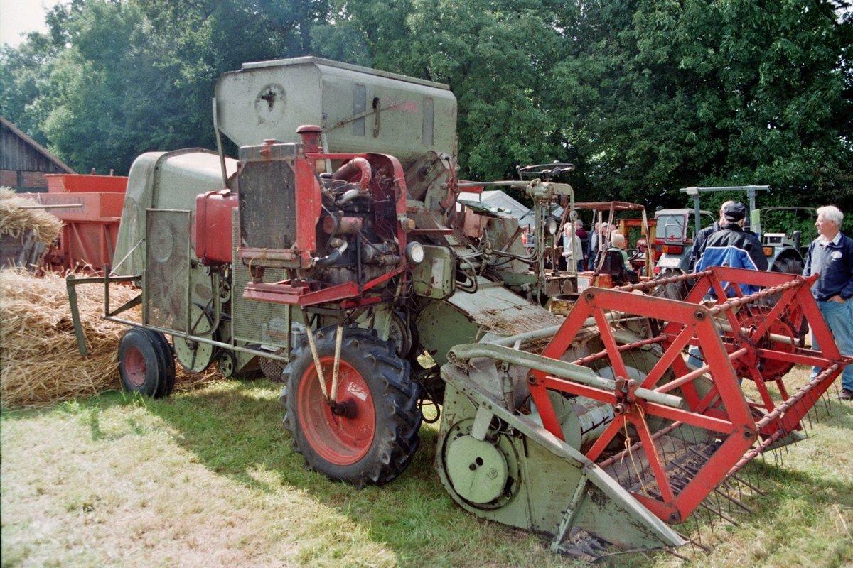 Traktor Ausmalbilder Claas : M Hdrescher Claas Fotos Fahrzeugbilder De