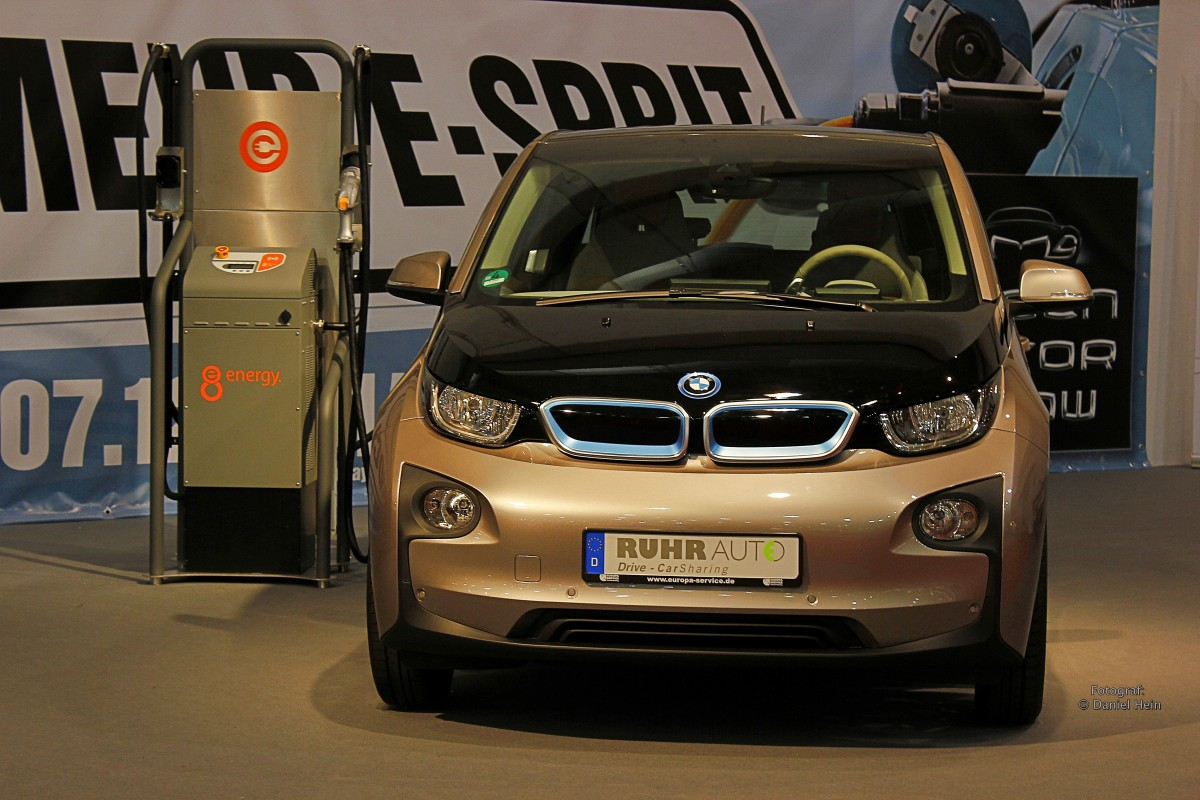 bmw i3 auf der essen motor show 2014. Black Bedroom Furniture Sets. Home Design Ideas