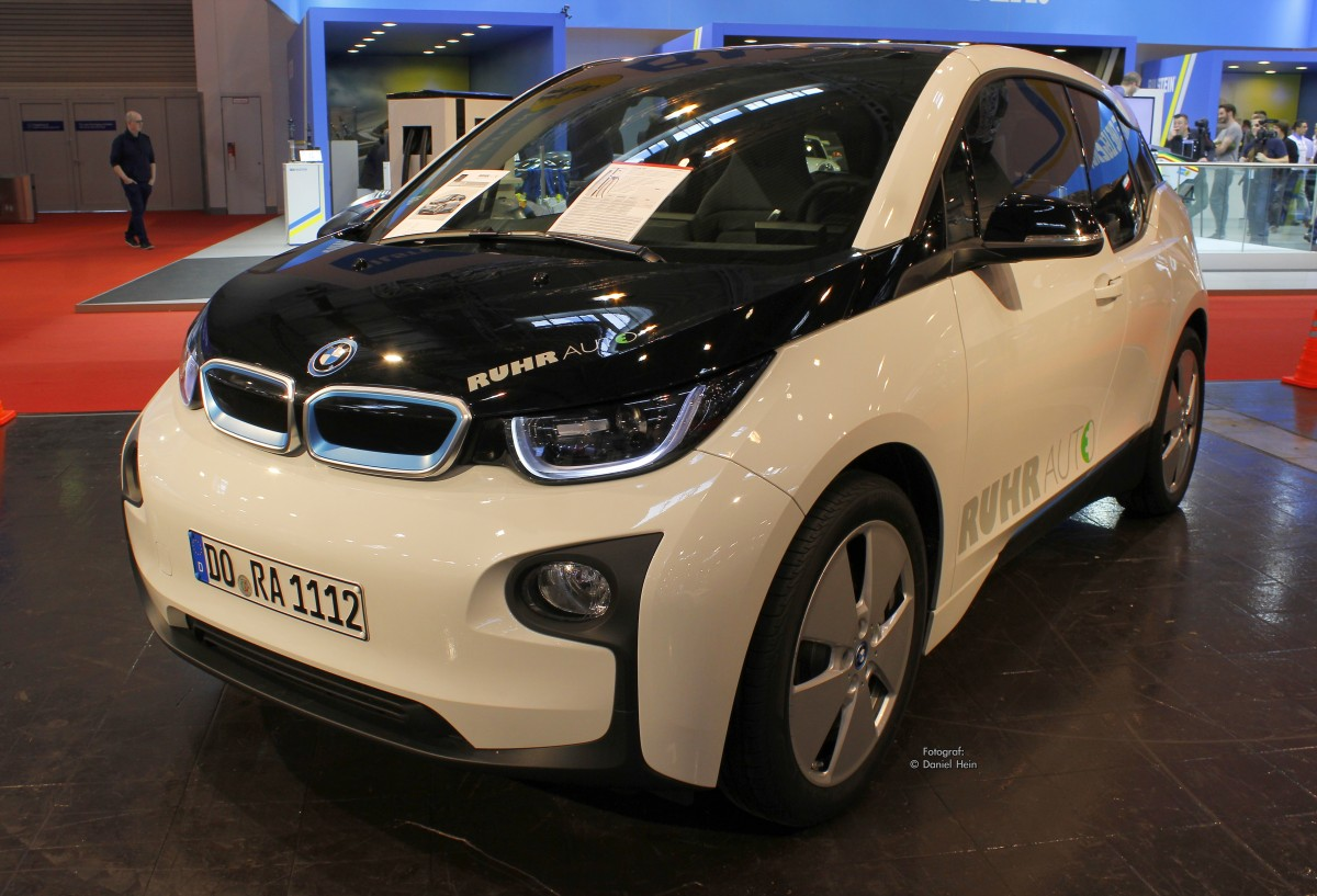 bmw i3 auf der essen motor show 2015. Black Bedroom Furniture Sets. Home Design Ideas