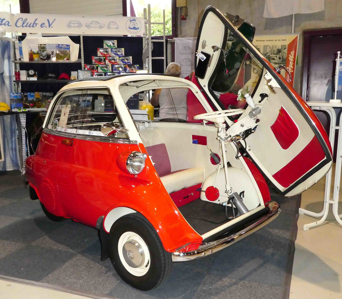 bmw isetta gesehen bei dem veterama 2016 in mannheim juli 2016. Black Bedroom Furniture Sets. Home Design Ideas